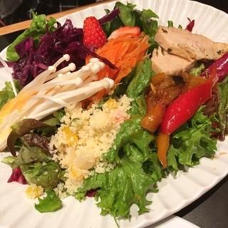グッドモーニングカフェ 池袋ルミネ店 - サラダプレート