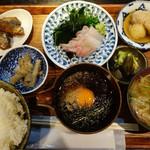 鯛樹 - 宇和島鯛めし定食の内容はこんな感じ。ぜんぶうまいっ