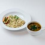 トータルフーズ - 牛すじカレー