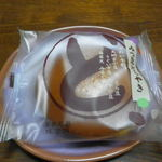さかえ屋 - 料理写真:みつまめどら焼き(115円)