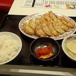 餃子の王将 - 餃子定食(730円)