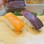 49408306 - イバラガニのルイベとタラバガニのルイベの鮨