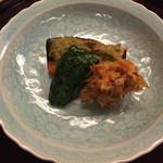 日本料理 花城 - 桜鱒の蕗味噌。春の味。       付け合わせの甘長唐辛子と桜海老のかき揚げが美味。