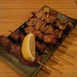 やきとり山長 - 料理写真:カシラ・ハツ・若鳥・シロ・ネギマ