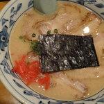 らーめん 元亀 - チャーシュー麺とんこつ味 850円
