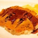 うしくんの加古川かつめし亭 - ソースとご飯の量がすくなすぎるように感じました。特にソースが少なくて、加古川勝目氏の良さが出ていないように感じました。
