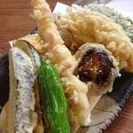 一休 - 天ぷら盛り合わせ