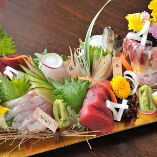 富山県氷見漁港から取り寄せる新鮮な魚介類!