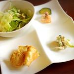 ヴィンコロ - 前菜3種とサラダ