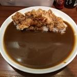 ナイル - 鶏の唐揚げカレー 中辛 842円