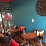 china cafe - レトロチャイナをイメージしたおしゃれな店内