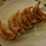 中国酒菜 好来 - 焼き餃子:350円