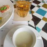 アートキッチン神戸 - キクイモのポタージュ・玉ねぎ茶