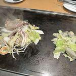 鶴橋風月 - かき塩、海鮮塩焼き盛りあわせハーフ