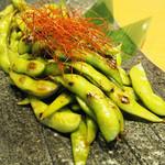 地鶏小町 - 香ばし炙り枝豆