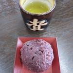 資さんうどん - 料理写真:ぼた餅 120円