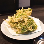 地酒と料理 高田馬場研究所 - 白魚とせりのかき揚げ