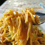 インド料理 スーリヤ - 柔らかい麺も特徴的