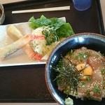 49453657 - ハマチ漬け丼+小鉢+エビ明太子春巻き