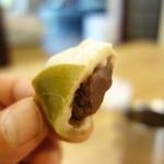 亀屋米津 - 麩まんじゅうは漉し餡