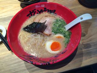 ラー麺 ずんどう屋 堺山本町店 - 味玉らーめん