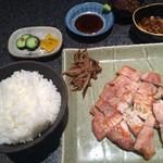 味鉄 - 神戸ポークステーキランチ1050円
