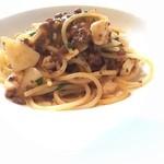 49458885 - 魚介のラグーと蕪のスパゲッティ