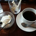 博多 柚づ庵 - 杏仁豆腐とコーヒー