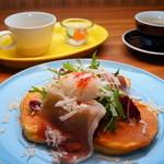 にじいろカフェ - ランチ・生ハムサラダパンケーキセット・ドリンク付