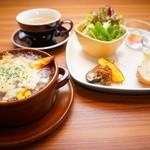 にじいろカフェ - ランチ焼きチーズカレーセット・ドリンク付