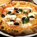 Pizzeria Bakka M'unica - ピッツァ『エルネスト』