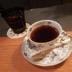 かのん - おなじみ、ランチ時サービスのコーヒー