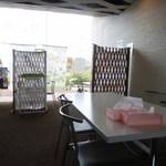 ちょっ蔵食堂 - 店内 テーブル席