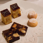 ヴィーノ・デッラ・パーチェ - 焼き菓子