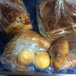 ベーカリーゴアール - たまごケーキ 55円