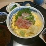しら川 - 海鮮バラちらし寿司