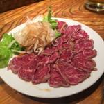 49482804 - Mouton Raw Meat Sサイズ(670円)◎                       肉自体の甘さと飲み込んだ後に残る独特の香りは、羊好きにはたまりません。