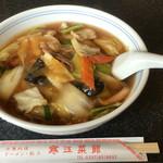 寒江菜館 - 料理写真:五目ラーメン ¥700
