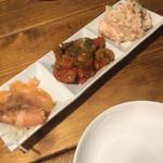 タイニーズカフェ - 食べログクーポンの前菜盛り合わせ!予想以上のボリューム。+゜(*´>艸<`*)。+゜