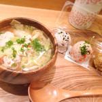 こめらく - 大きなスープ+てまり3つセット「鶏団子ときのこの塩ちゃんこ」