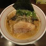 山麺 - 濃い鶏醤油ラーメン