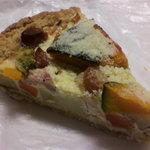 49531704 - 野菜とベーコンのキッシュ