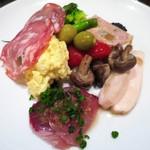 ルール ブルー - ルールブルー前菜の盛り合わせ