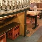 三平らーめん - テーブルは3組