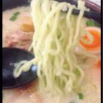 ら~麺処 豪屋 - ゴーヤ練りこみ麺‼︎