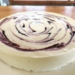 Takko cafe - 料理写真:田子産ブルーベリーマーブルレアチーズケーキ