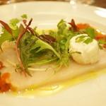 ICARO miyamoto - カジキマグロのマリネ軽い燻製ブラータチーズ添え トマトと野菜のソース(2600円)(2015/7)