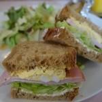 プチホテル ベッセル - 料理写真:(2016/2月)朝食のサンドイッチ