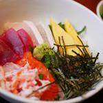 と魚家 - 海鮮丼定食
