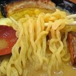 49559910 - 麺は太ちぢれ麺